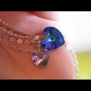 Jewelry - Two Hearts Crystal necklace